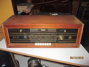 No. 74. Dux V 413 Stereo. IMG_8668