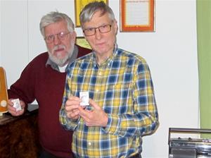 DX-Parlamentet 2017. Anders Brissman och Börje Sahlén med förbundets förtjänstplakett i silver.