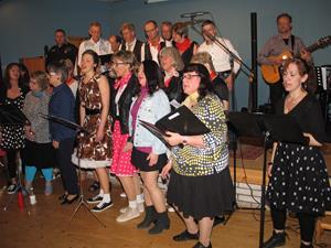 T-kören sjunger i Korsberga