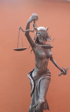 Justitia 2