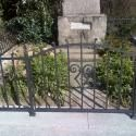 Kované oplocení pomníku