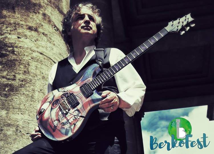 Jakko M Jakszyk joins BerkoFest House Band for 2017
