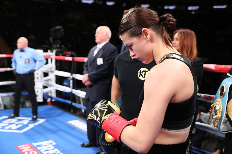 Katie Taylor does it again with dominant showing in New York City