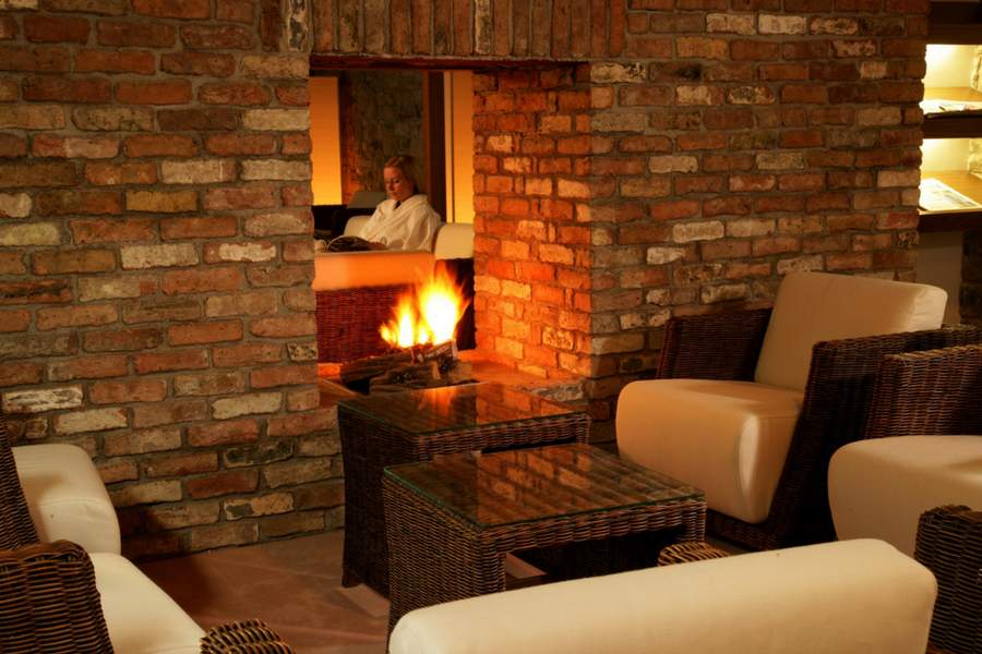 Farnhame Estate Spa Relaxation room