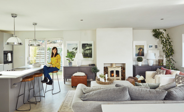 Party planner photographer (Iliveinireland.photoshelter.com) and interior designer: the multi-skilled Wioleta is a force to be reckoned with ... & Making it work: An interior designer\u0027s own beautiful Limerick home ...