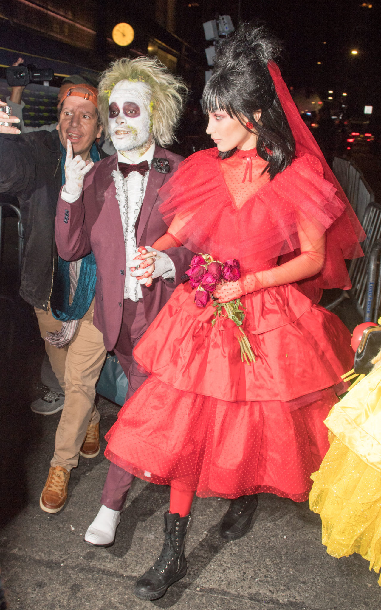 heidi klum as princess fiona & more celeb halloween costumes | spin1038