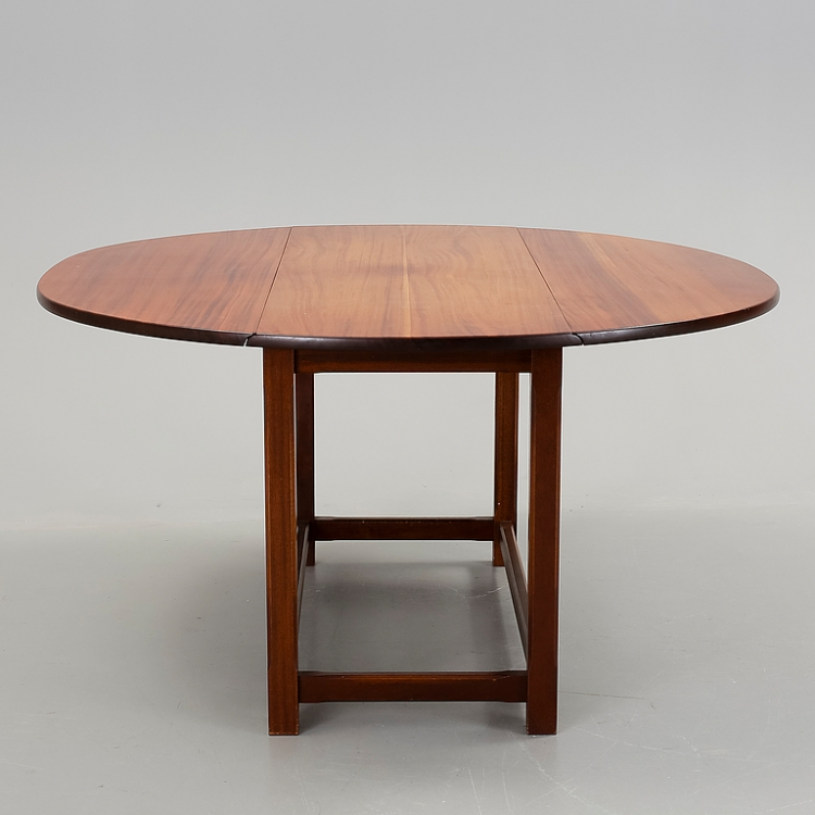 Hunters Table, Stort Runt Matbord Nordisk Retro& Design