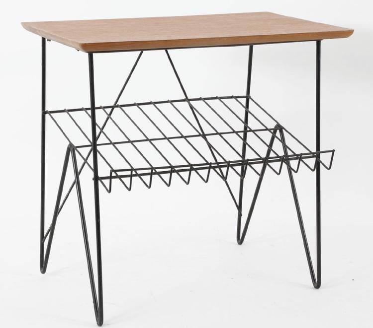 Tidningsbord/sidobord/sängbord