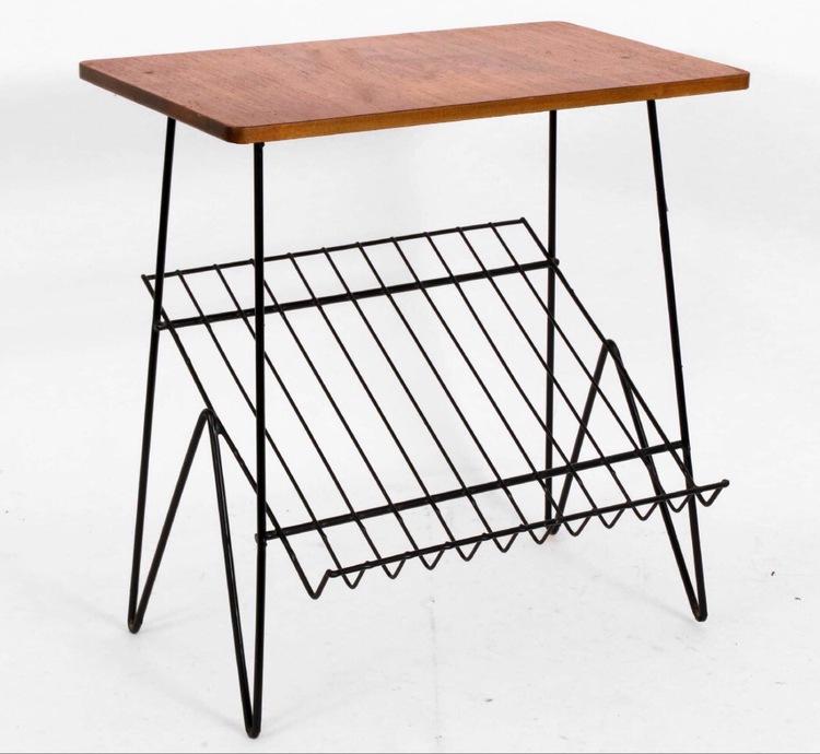 Stringsängbord med teakskiva