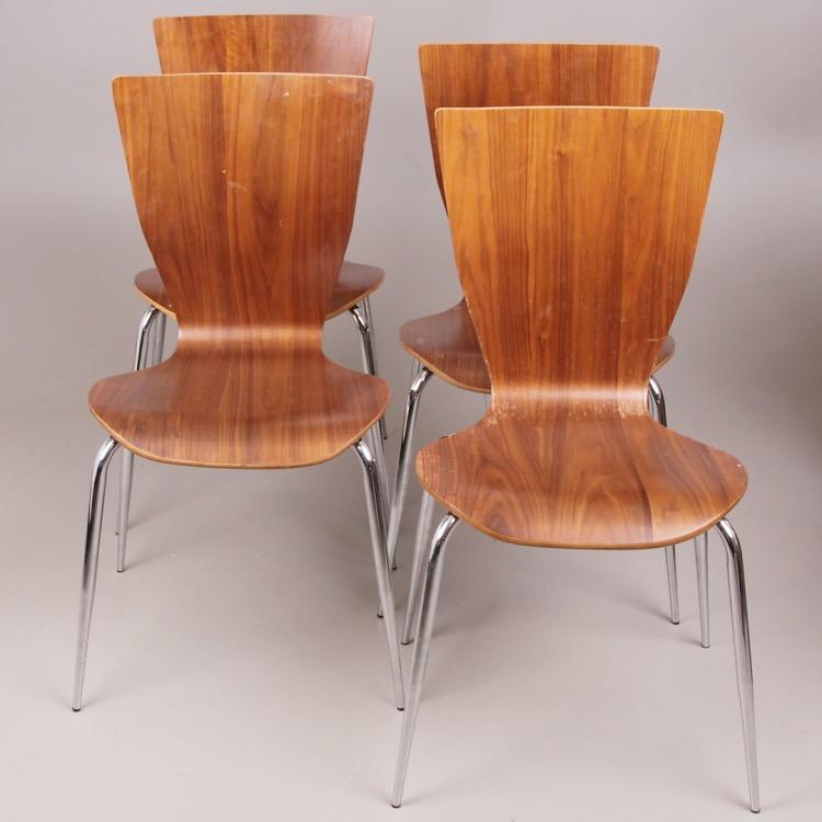 4 stolar i trä och stål