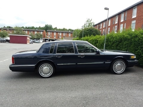 Lincoln Town car med solfilm