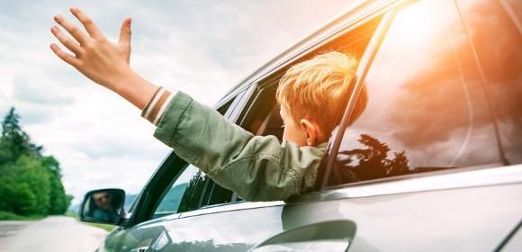 Aurinkosuoja autoon