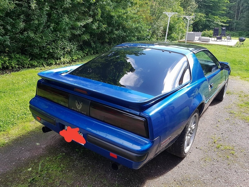 80-tals Trans Am med solfilm