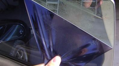 Färdigskuren solfilm utan klister, avtagbar