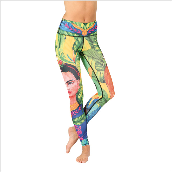 Yogaleggings Frida Kahlo från Yoga Democracy