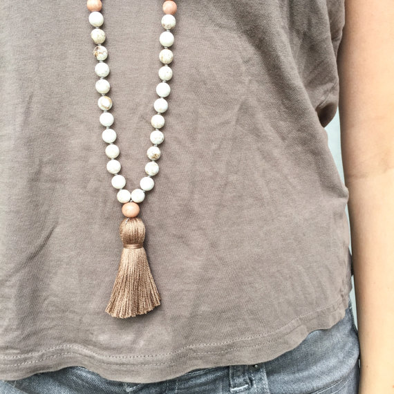 Yogahalsband Malas från The Beautiful Nomad - Reflect