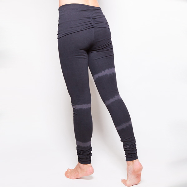 Yogaleggings Shaktified från Urban Goddess -  Charcoal/lava Shunya