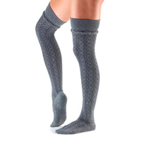 Yogastrumpor Tavi Noir Johnny Over-Knee Grip Socks -Tavi Fog