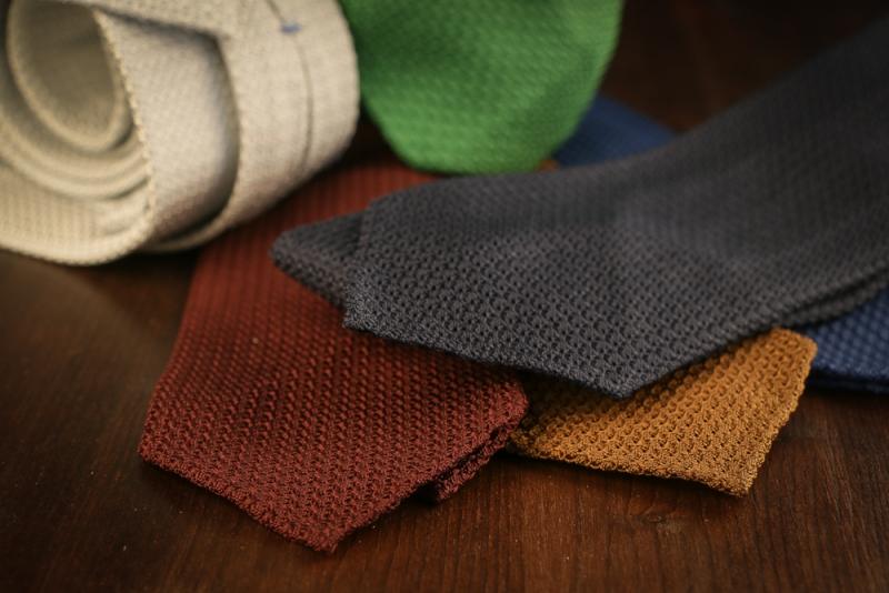 The Grenadine tie