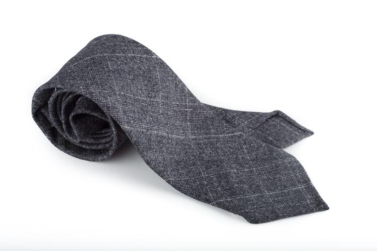 Wool Untipped Plaide - Dark Grey