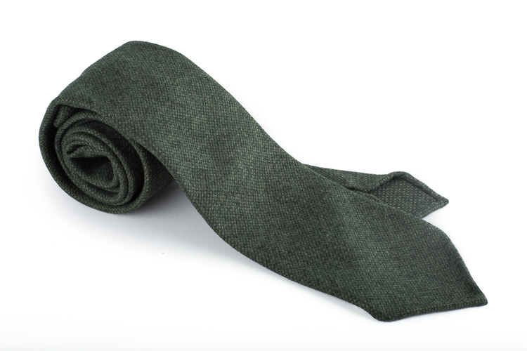 Wool Untipped Solid - Dark Green