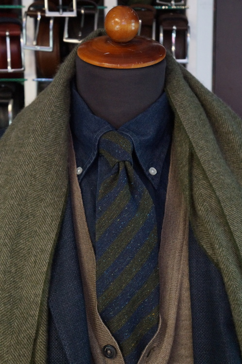 Wool Regimental Donegal - Navy Blue/Green