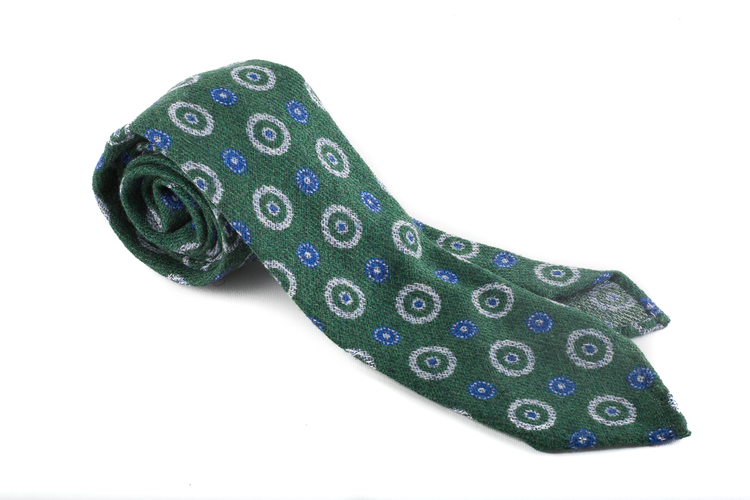Wool Untipped Medallion - Green/Blue