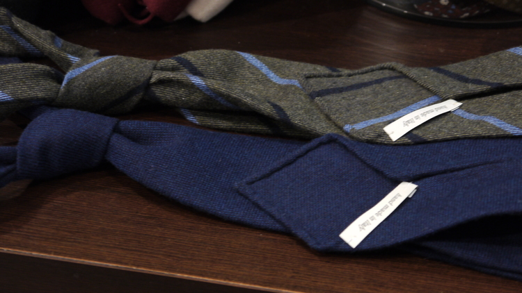 Untipped Regimental Cashmere - Green/Navy Blue/Light Blue