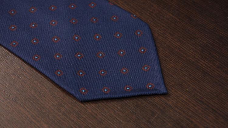 Printed Floral Untipped - Navy Blue