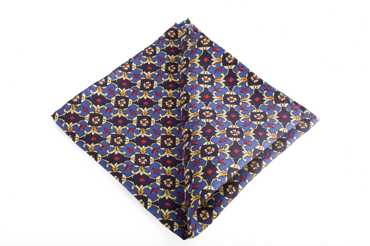 Silk Floral Vintage - Navy Blue/Light Blue/Yellow/Burgundy