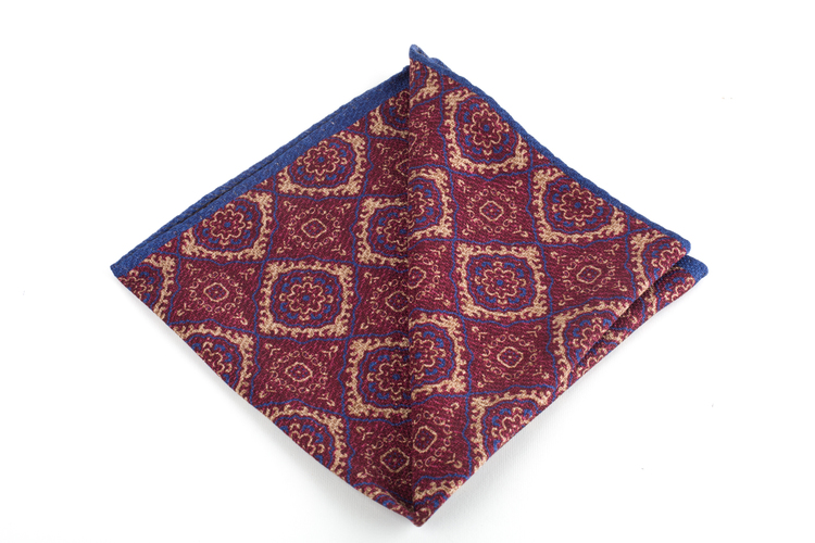 Wool Medallion / ZigZag Two Faced - Burgundy/Beige/Navy Blue