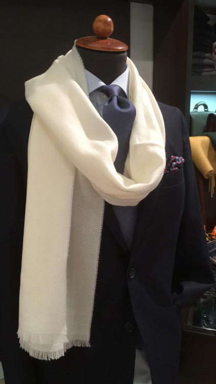 Solid Textured Wool Scarf - Creme