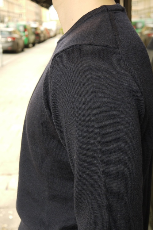 Crewneck Merino Pullover - Navy Blue