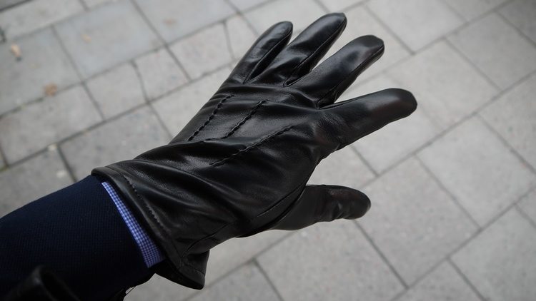 Lamb Leather Gloves - Black