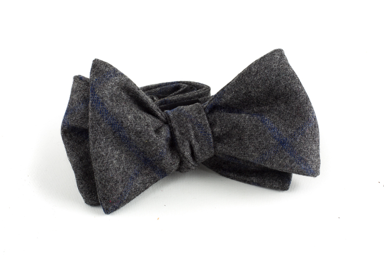 Plaid Wool Bow Tie - Dark Grey/Navy Blue