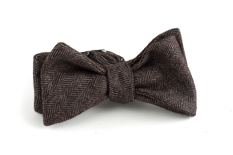 Herringbone Solid Wool Bow Tie - Brown