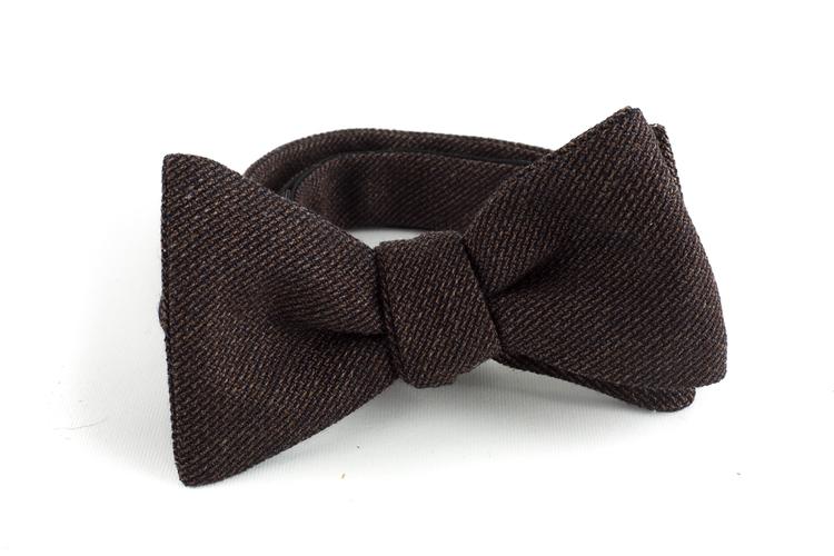 Solid Wool Bow Tie - Brown