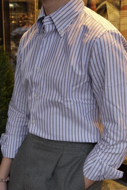 Striped Oxford Shirt - Button Down - Beige/White/Light Blue
