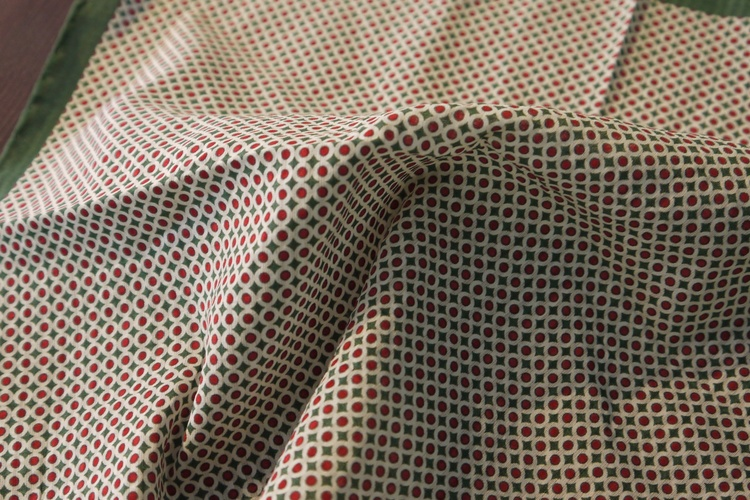 Polka Dot Seersucker Cotton/Silk Pocket Square - Green