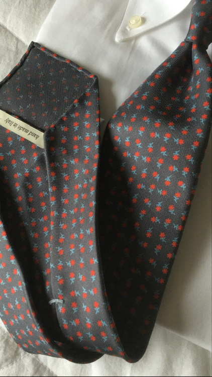 Floral Printed Silk Tie - Untipped - Grey/Red/White