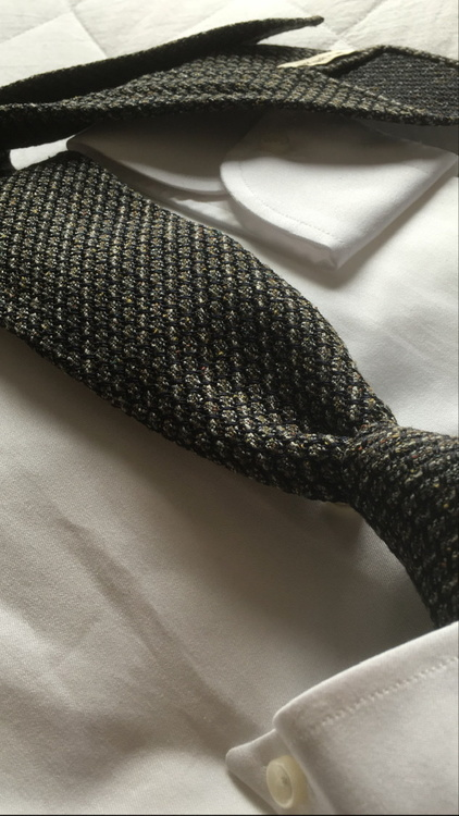 Solid Jacquard Grenadine Tie - Untipped - Beige