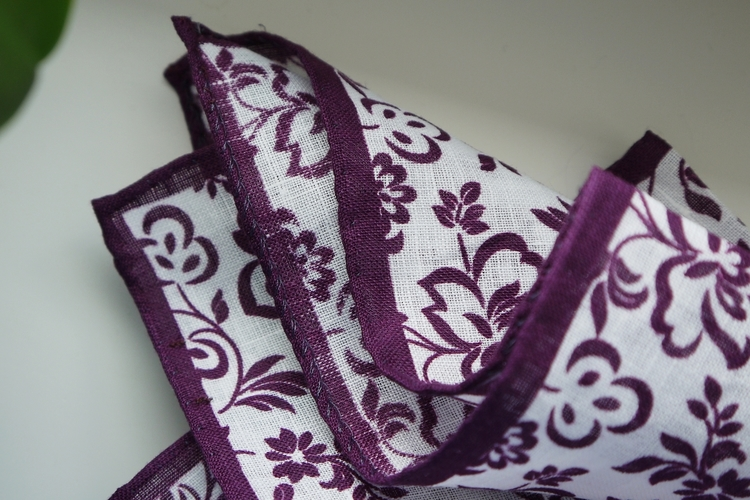 Floral Linen Pocket Square - Purple/White