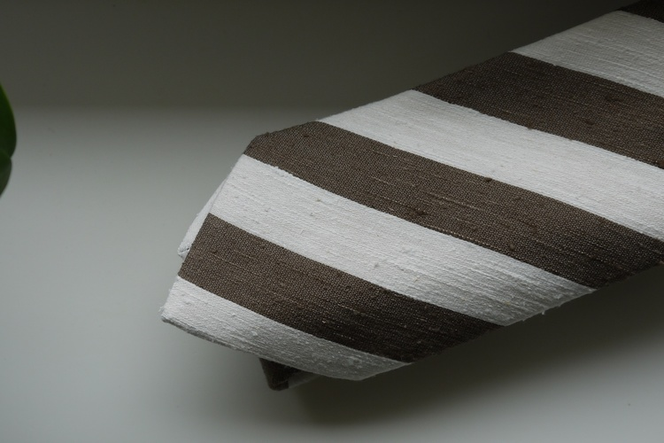 Regimental Shantung Tie - Brown/White
