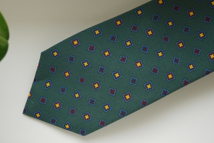 Medallion Madder Silk Tie - Dark Green/Light Blue/Yellow/Red