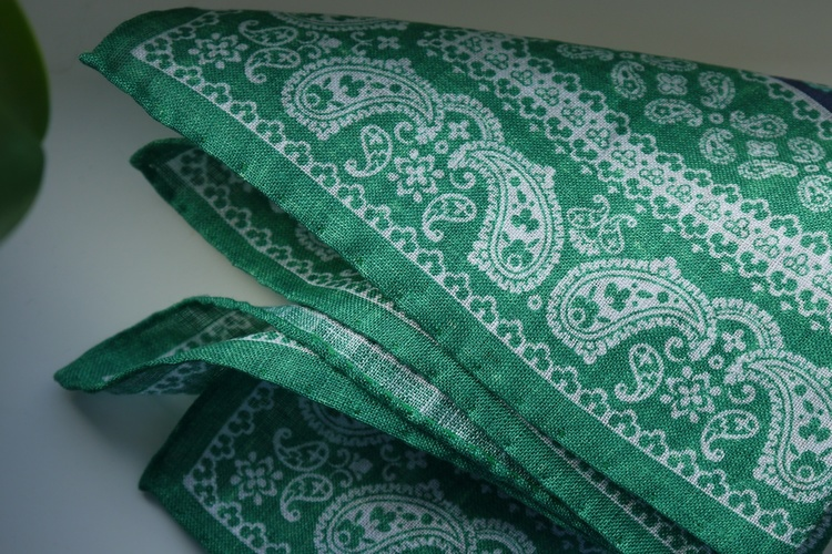 Floral Oriental Linen Pocket Square - Green/Navy Blue/White