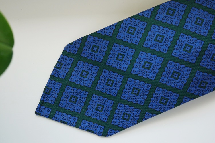 Medallion Printed Silk Tie - Untipped - Green/Light Blue