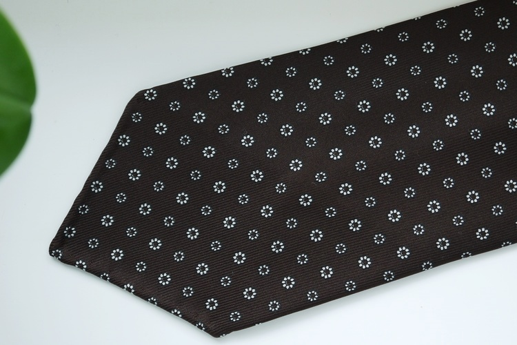 Floral Printed Silk Tie - Untipped - Brown/White