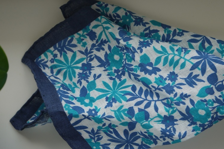 Jungle Linen Pocket Square - Navy Blue/Turquoise/White