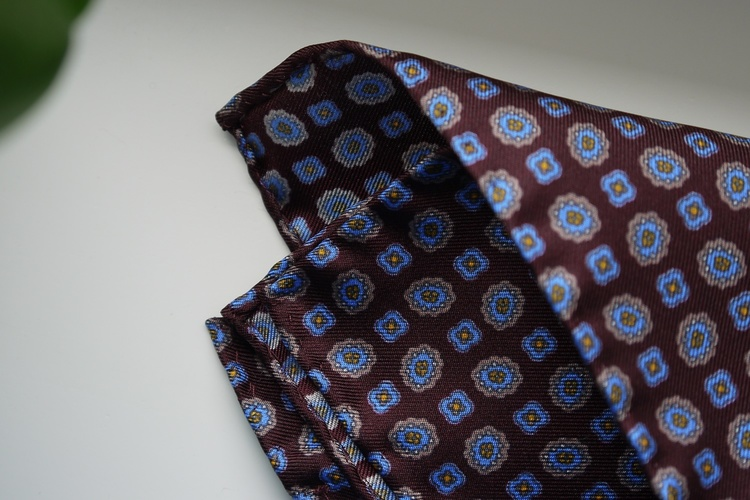 Medallion Silk Pocket Square - Burgundy/Light Blue/Yellow