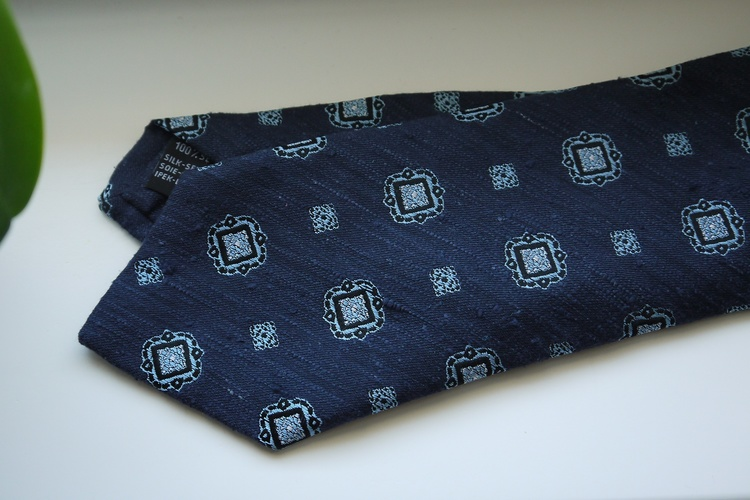 Medallion Shantung Tie - Navy Blue/Light Blue